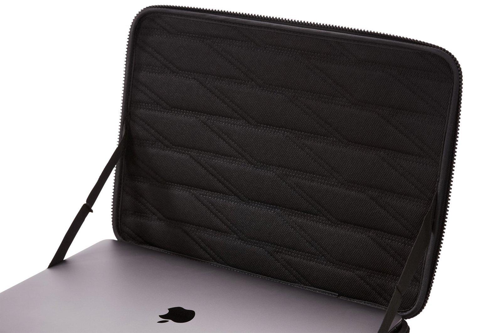 """Etui na Macbook 13"""" Thule Gauntlet - granatowy"""