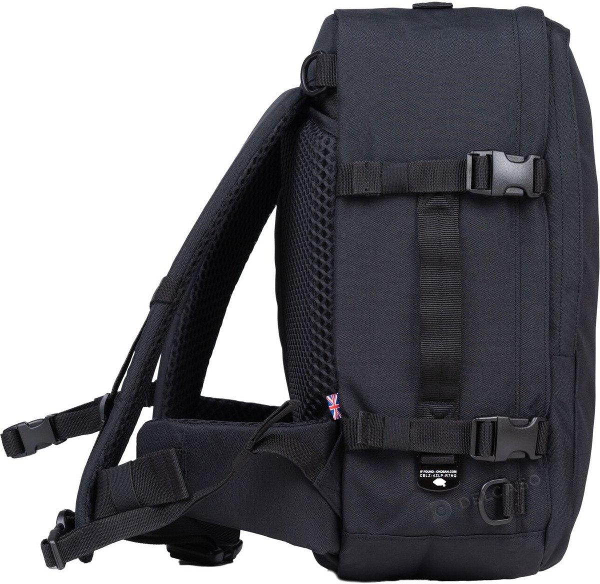 Plecak torba podręczna Cabin Zero Classic Pro 32L Absolute Black